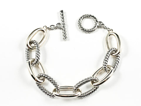 Modern Thick Textured Two Tone Chain Link Style Toggle Brass Bracelet