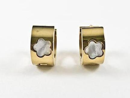 Modern Center Mother Of Pearl Star Design Dainty Huggie Steel Earrings