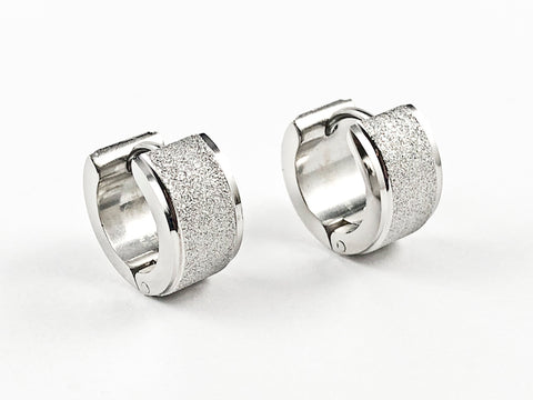 Nice Center Glitter Texture Design Dainty Huggie Steel Earrings