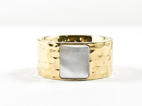 Elegant Hammered Eternity Band With Minor Strip Mother Of Pearl Stone Gold Tone Steel Ring