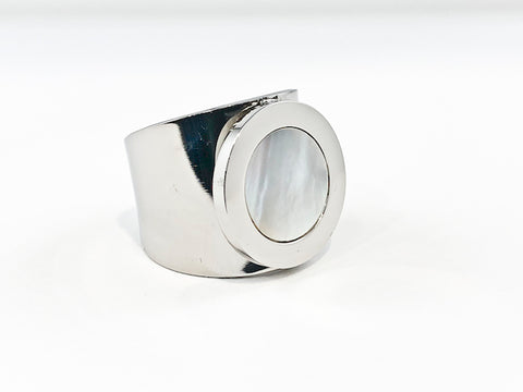 Beautiful Center Round Center Mother Of Pearl Circle Disc Steel Ring