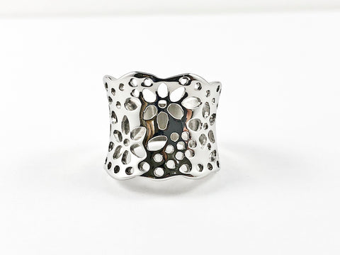 Unique Modern Floral Pattern Solid Metallic Steel Ring