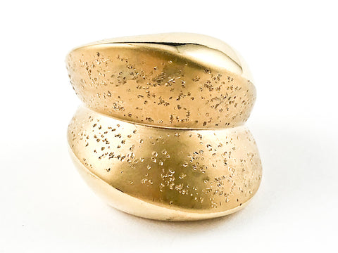 Nice Geometric Design With Textured Brush Matte Gold Tone Steel Ring