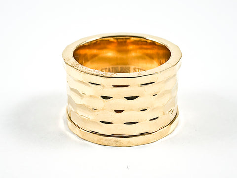 Elegant Thick Hammered Texture Design Shiny Metallic Gold Tone Steel Eternity Band Ring