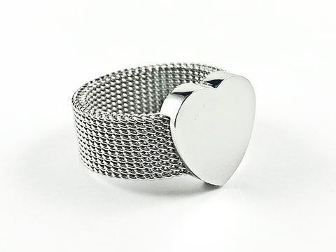 Nice Mesh Band Texture With Center Shiny Metallic Heart Charm Steel Ring