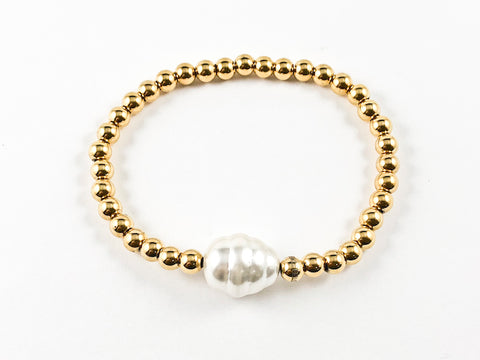 Nice Yellow Gold Bead With Single Baroque Pearl Stretch Steel Bracelet