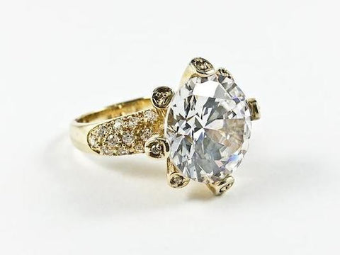 Classic Unique Round Center CZ Setting Yellow Gold Silver Ring
