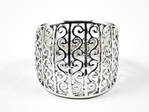 Elegant Filigree Ornamental Design Metallic Silver Ring
