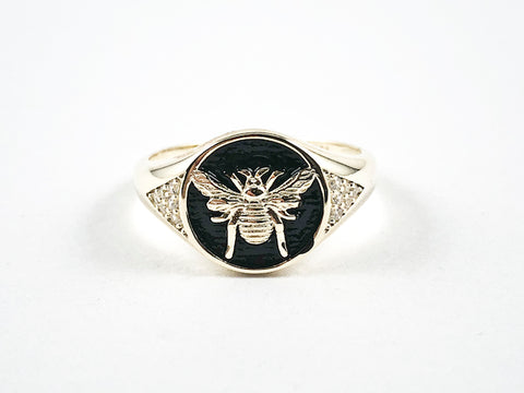 Cute Center Gold Tone Bee Black Enamel Round Shape Gold Tone Silver Ring