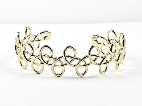 Creative Floral Pattern Open Gold Tone Brass Cuff Bangle