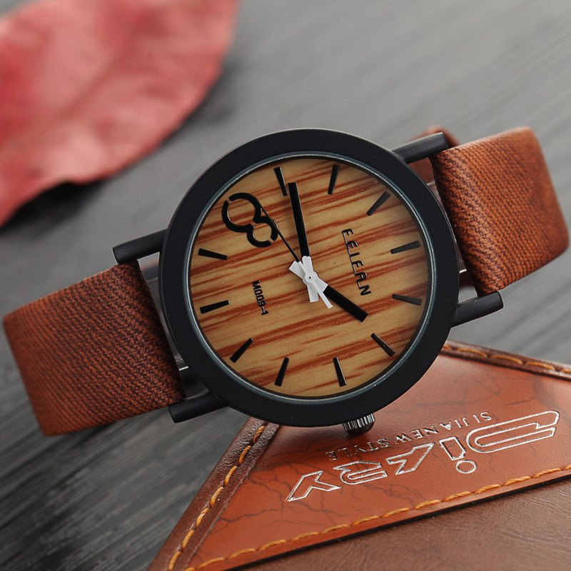 Casual Wood Grain Wristwatch