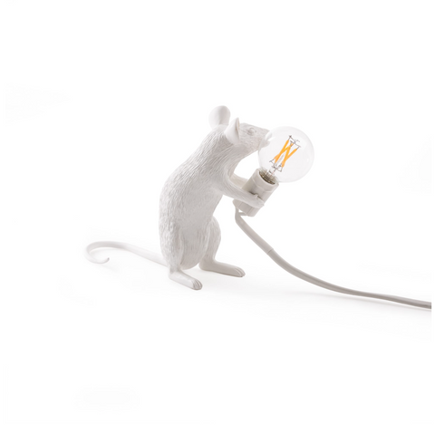 Mouse Lamp: Sitting
