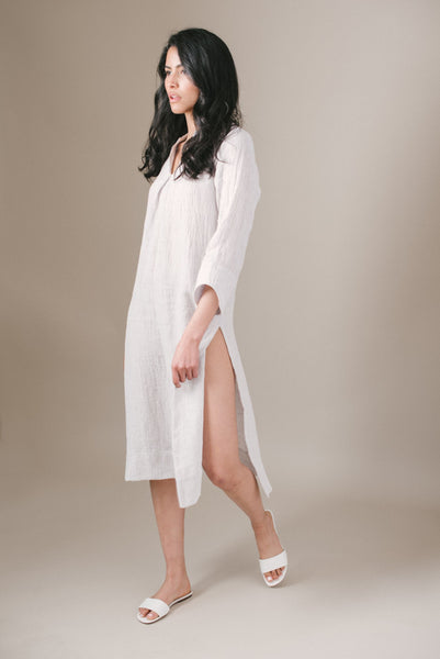 cropped-soft-gray-linen-tunic-high-side-slit-v-neckline-good-apparel