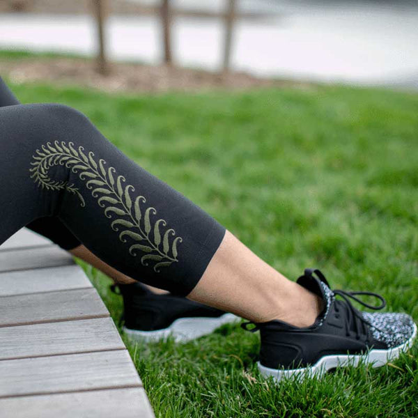 Final Sale High Waist Tummy Tuck Fern Embroidered Yoga Capri Leggings