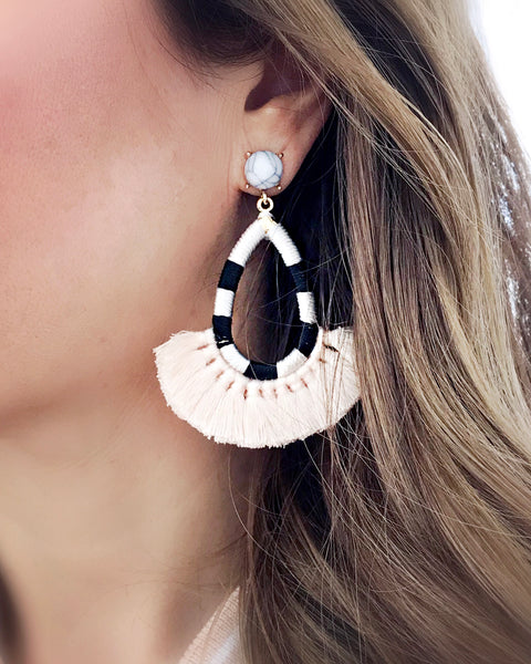 Hilo Tassel Earrings {Black}