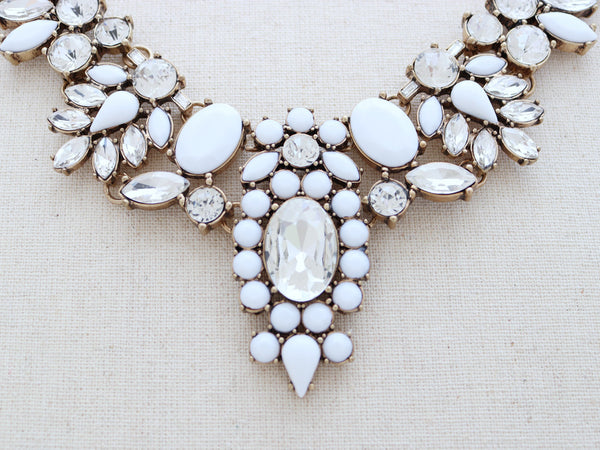 Kapalua Statement Necklace - White Luxe