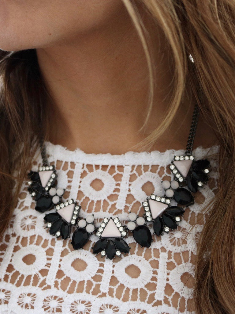 Hauakea Necklace {Black}