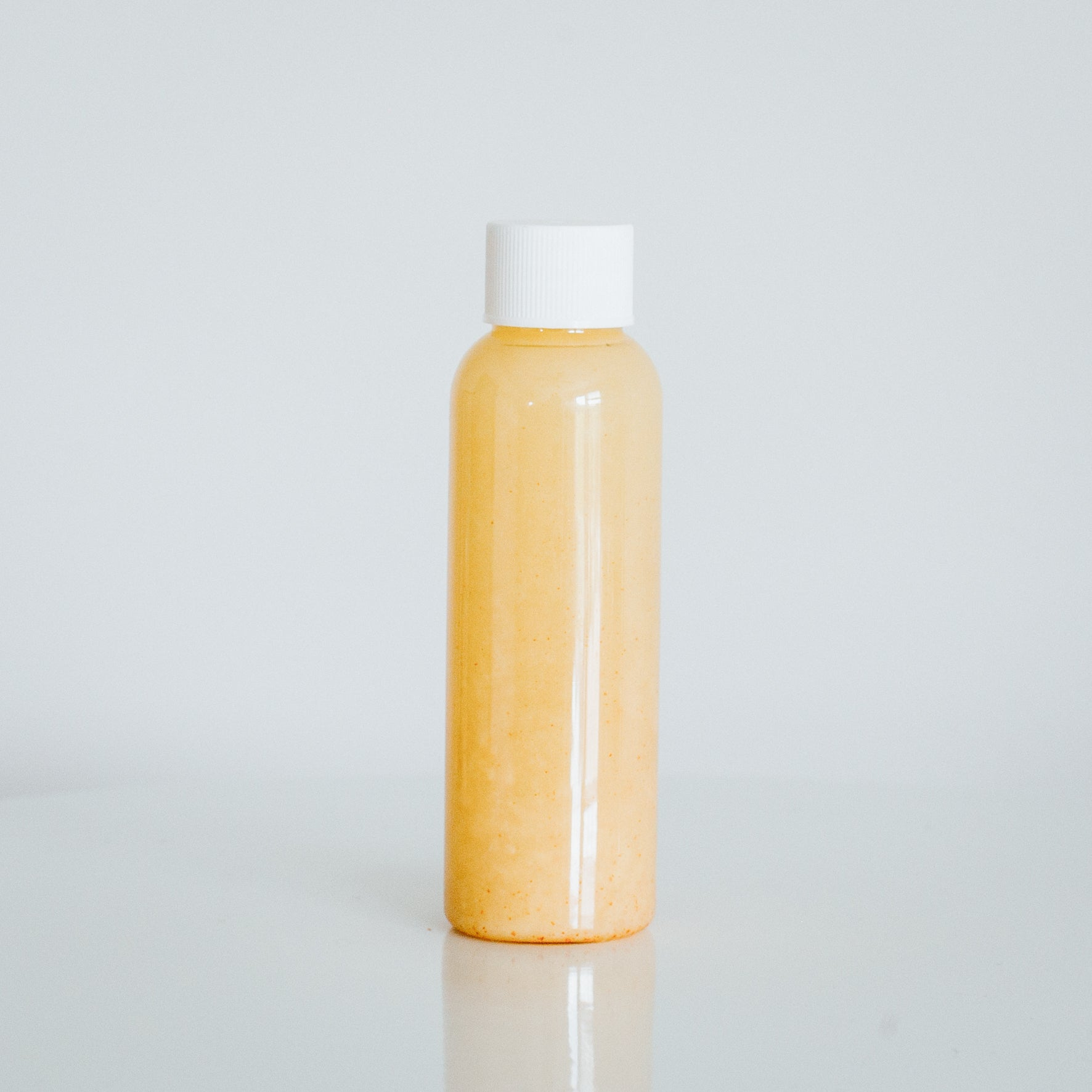 hot shot. (2 oz shot) [organic ginger, lemon, cayenne]