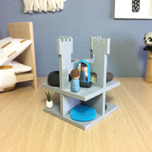 Miniature Knights Castle