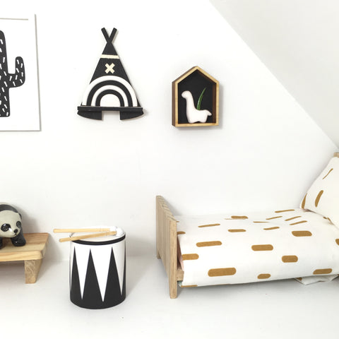 TeePee wall Shelf with Black and White Rainbow