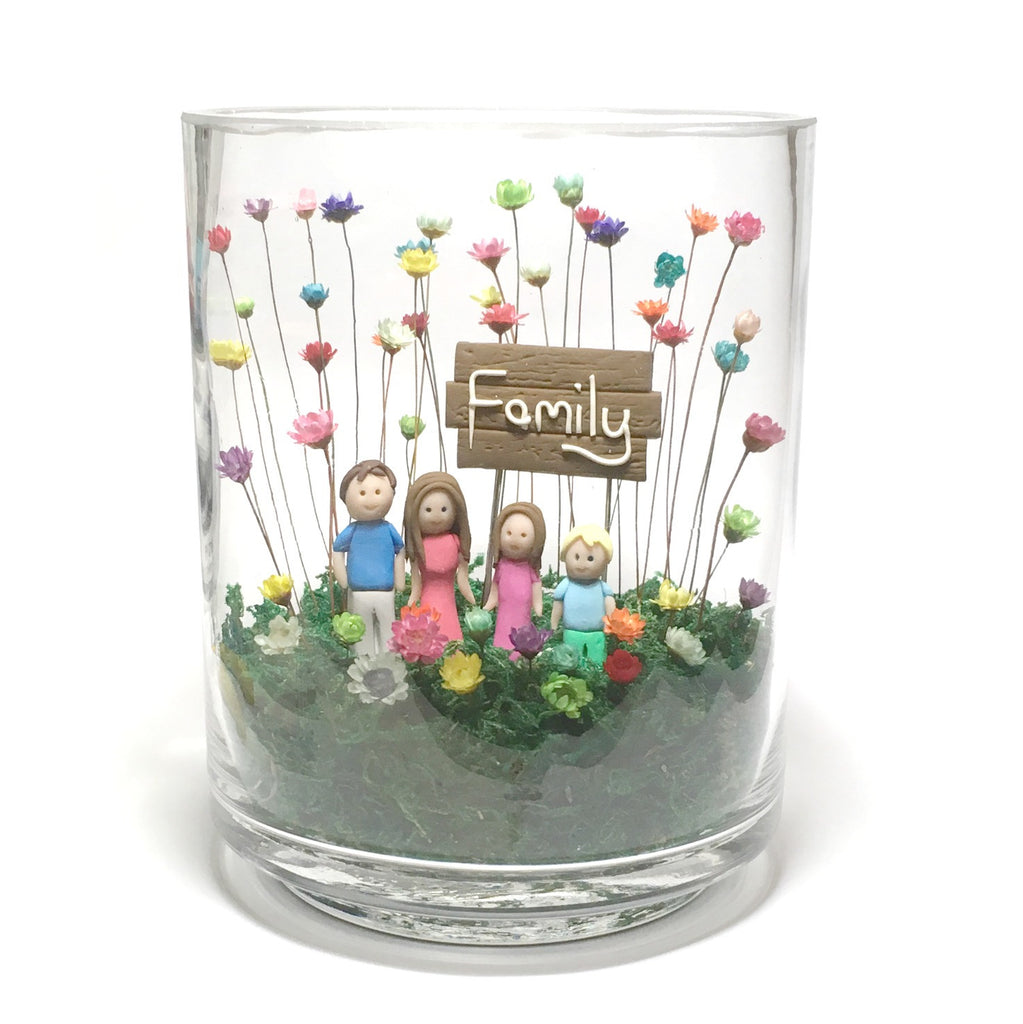 Little Fairy Bloom Family Portrait Home Decor with Real Miniature Flowers Chrysanthemums