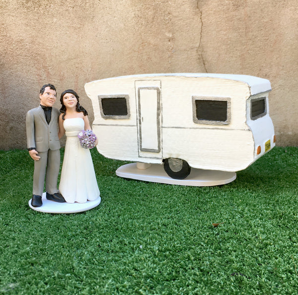 Custom Realistic Wedding Cake Toppers Bride and Groom Caravan Model Handmade Keepsake