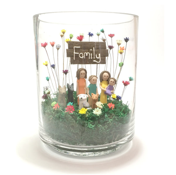 Little Fairy Bloom That Little Nook Custom family portrait sculpture Home Decor terrarium vase with real mini flowers