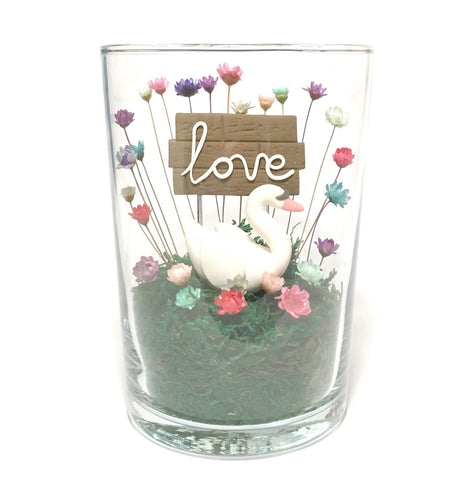 Unique Modern Gift for Girls Boys Couples Mum Dad Aunty Sister Best Friend mini indoor garden home decor terrarium love flowers Swan Decor
