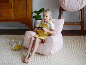 Raindrops Bean Chair - Pink