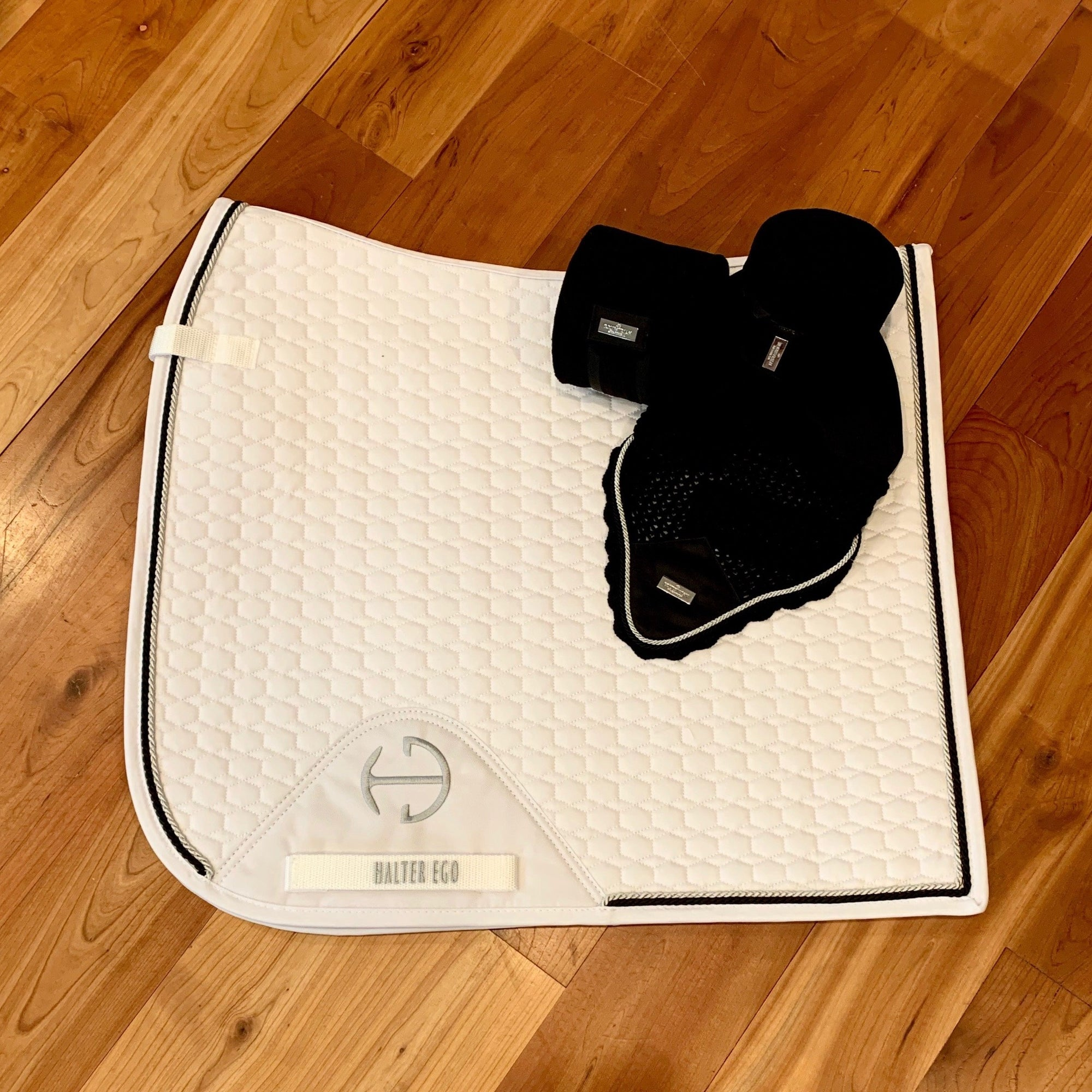 European Cotton Dressage Saddle Pad - White