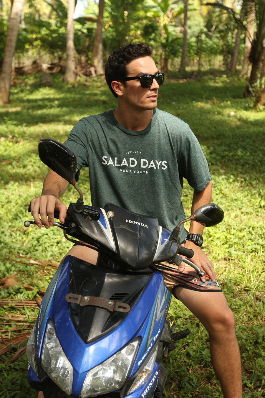 SALAD DAYS TEE - GREEN MARBLE
