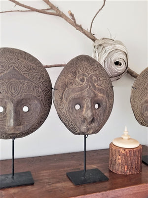 Load image into Gallery viewer, Ainaro East Timor Vintage Mask