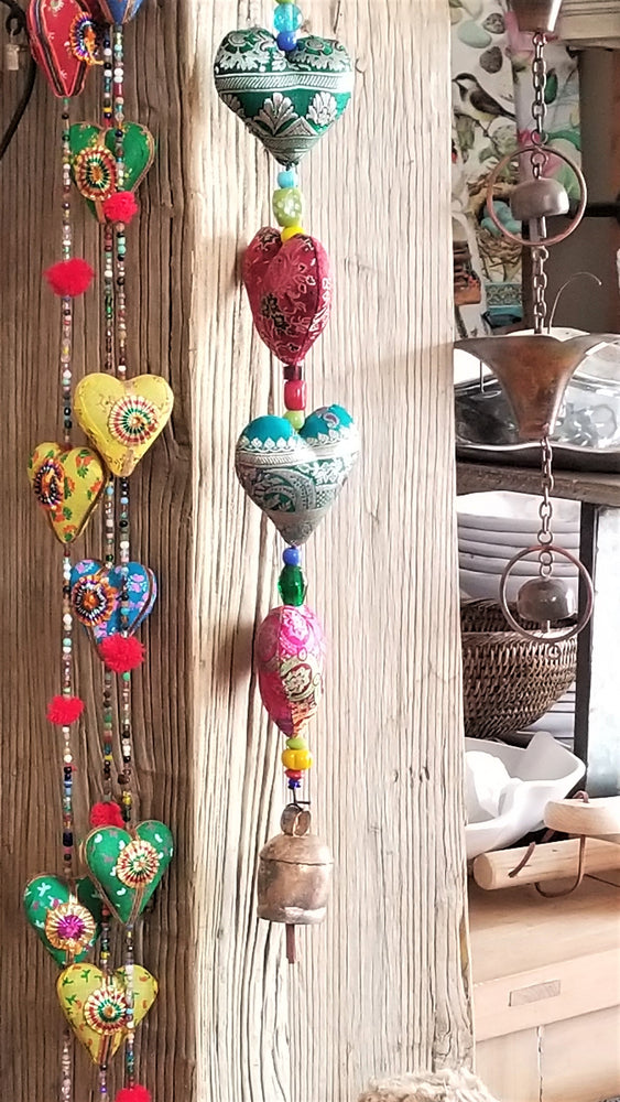 Strand of 5-pc Hearts Garland