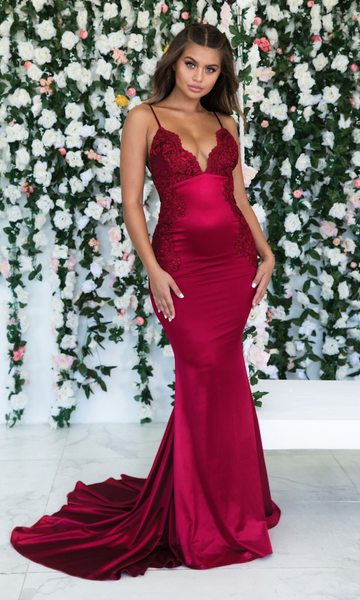 Burgundy Backless Spaghetti Straps Appliques Prom Dresses Satin V Neck Long Evening Dresses