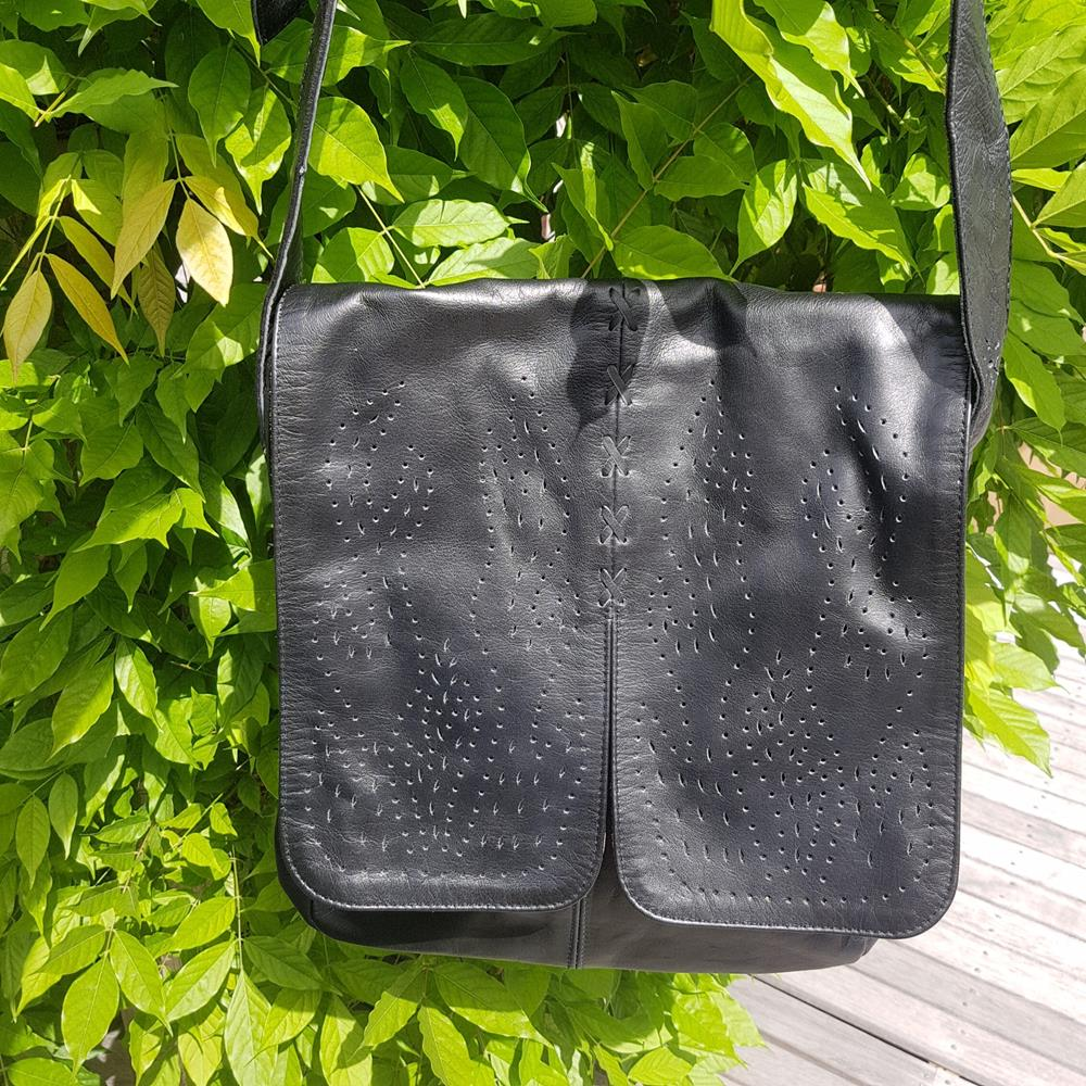 Kartolo Leather Bag By Origen