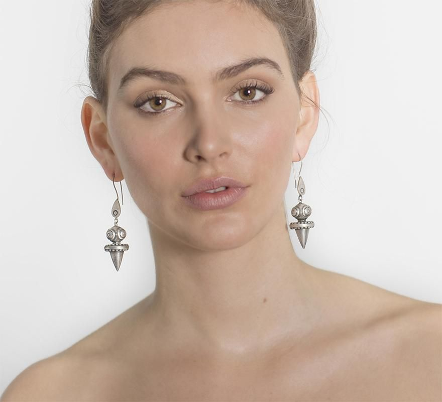 Tawn Earrings By Zoemou - Silver - Origen Imports