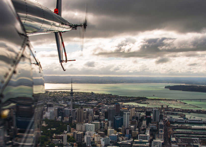 STUNNING SCENIC FLIGHTS OVER AUCKLAND