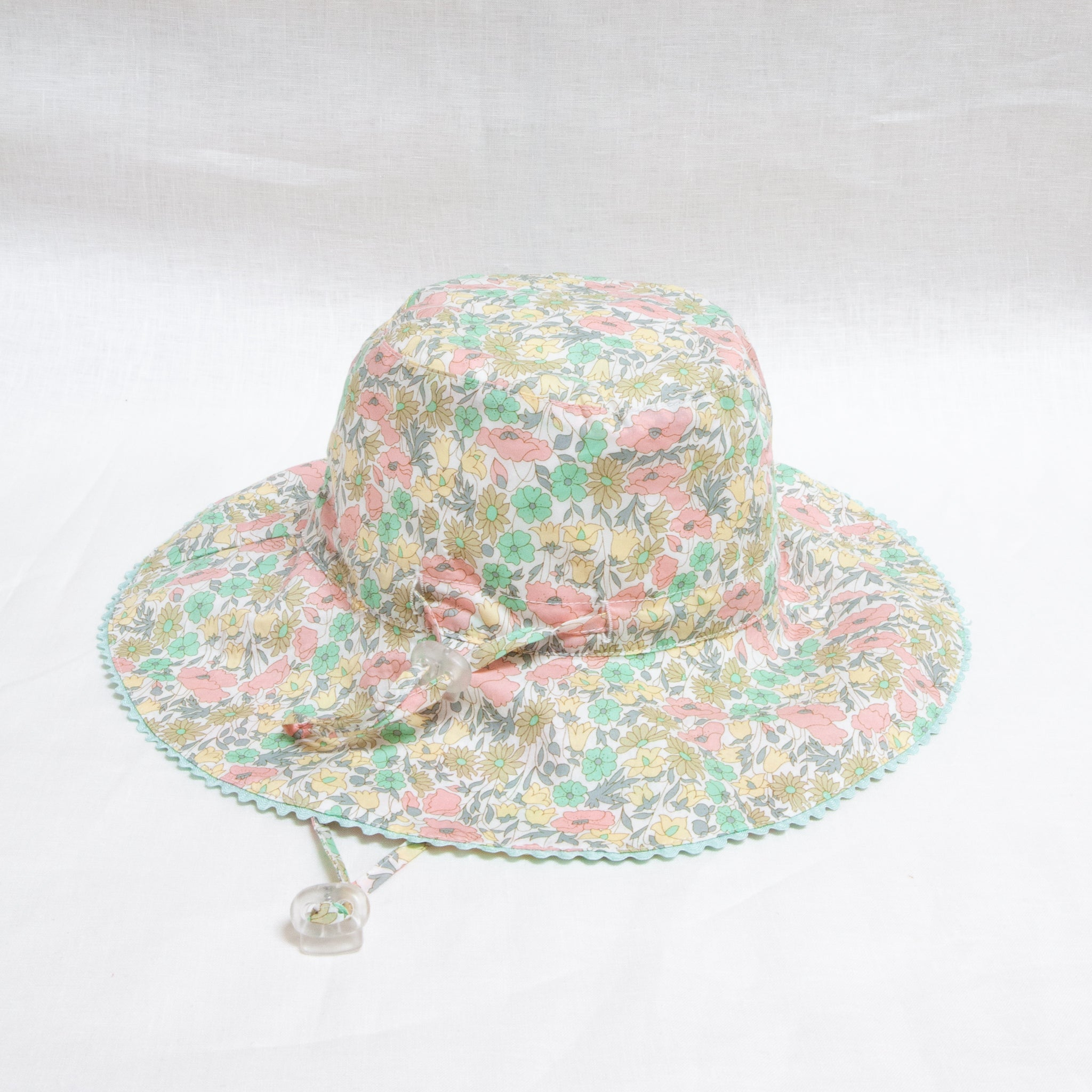 Charlie Bucket Hat Liberty Daisy Lime