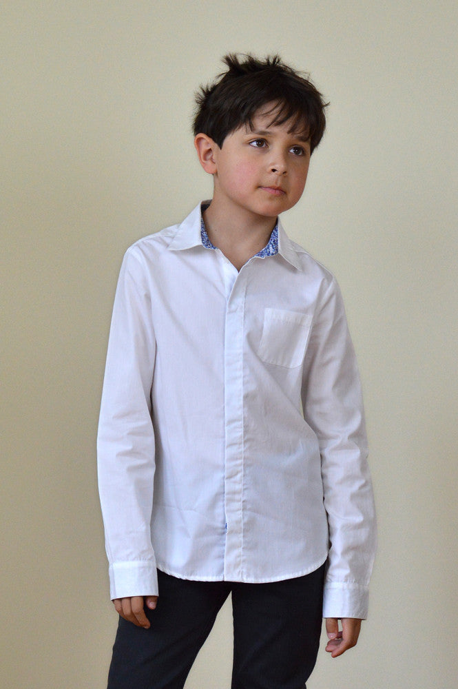OLIVER SHIRT WHITE WITH LIBERTY BLUE PEPPER