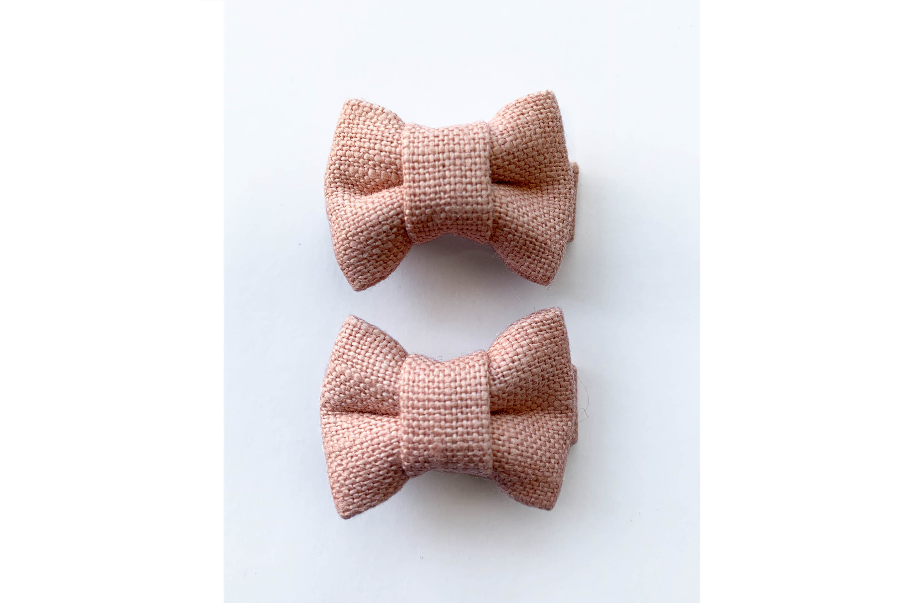 Katie Twin Bow Snaps Blush Linen