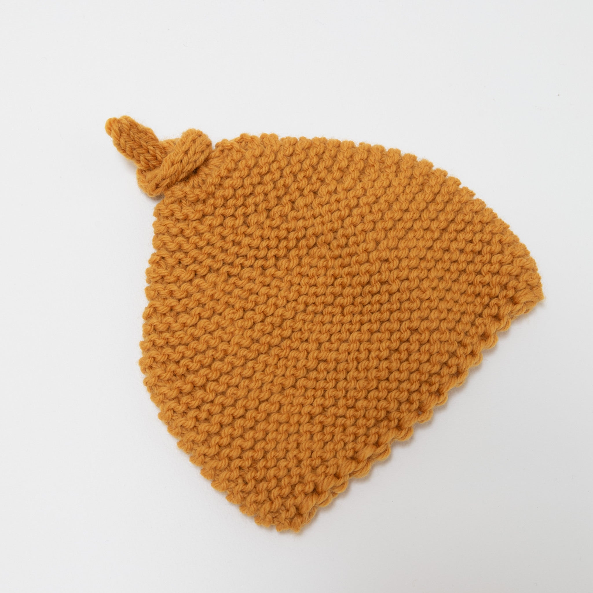 Knitted by Nana Beanie Curry