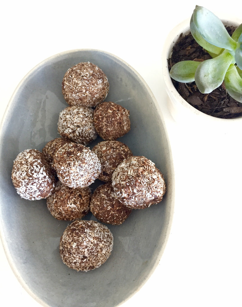 Sticky Chocolate & Date Balls