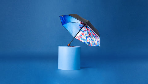 Premium Art Umbrella from Sweden / Design paraply från Stockholm / online product available / free delivery / FLOWERS - compact Art Umbrella, present box - zontjkdesign