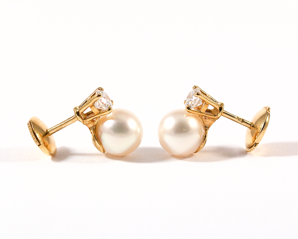 ICYMI Puces d'oreilles or jaune diamants perles blanches / Gold diamond and pearl ear stud