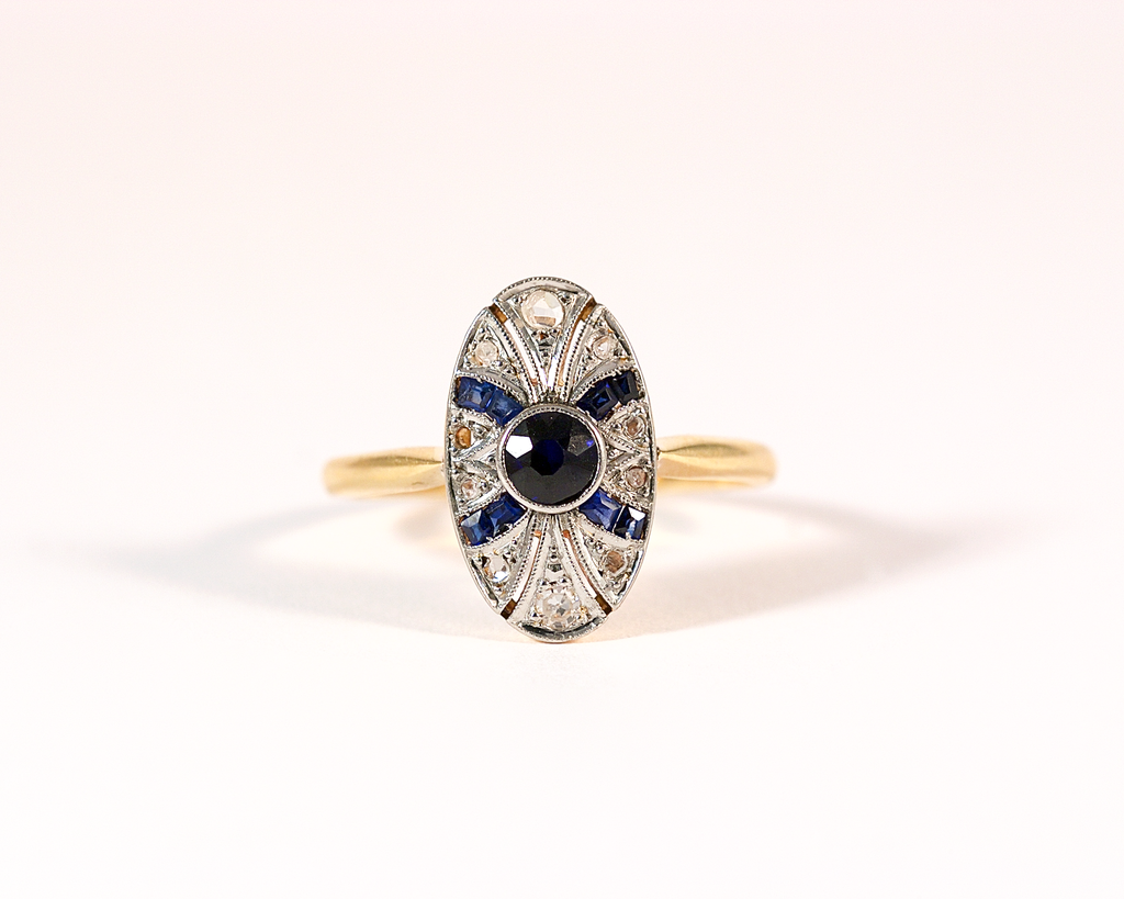 GM245-1 ICYMI Bague ancienne 2 ors sertie de saphirs et de diamants taillés en rose / Gold diamonds and sapphire ring