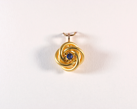 GM290-3 ICYMI reCréation Épingle de cravate pendentif ancienne tourbillon or jaune et pierre bleue / Gold and blue stone whirlpool antique vintage tie pin