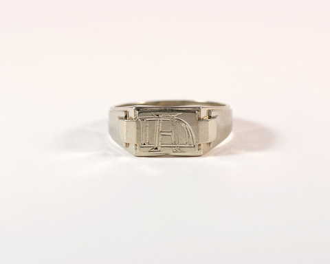GM309-1 ICYMI Chevalière en or blanc gravée DA ou AD / Gold vintage antique signet ring