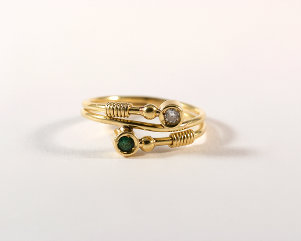 GM329-1 ICYMI Bague toi et moi or jaune diamant et émeraude face - Gold toi et moi vintage antique diamond and emerald ring