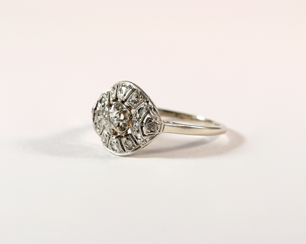 GM336-1 ICYMI Bague ancienne or platine et diamants bombée - Gold and platinum diamond 1930 dome vintage antique ring