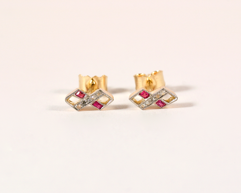 GM359-1i ICYMI Recréation Puces d'oreilles or jaune platine diamants et rubis - earstuds ruby diamond transformation